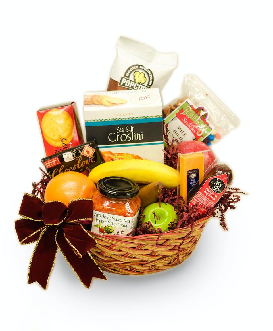 Holiday Cheer Basket - Florists Pueblo (CO) Same-day Delivery ...