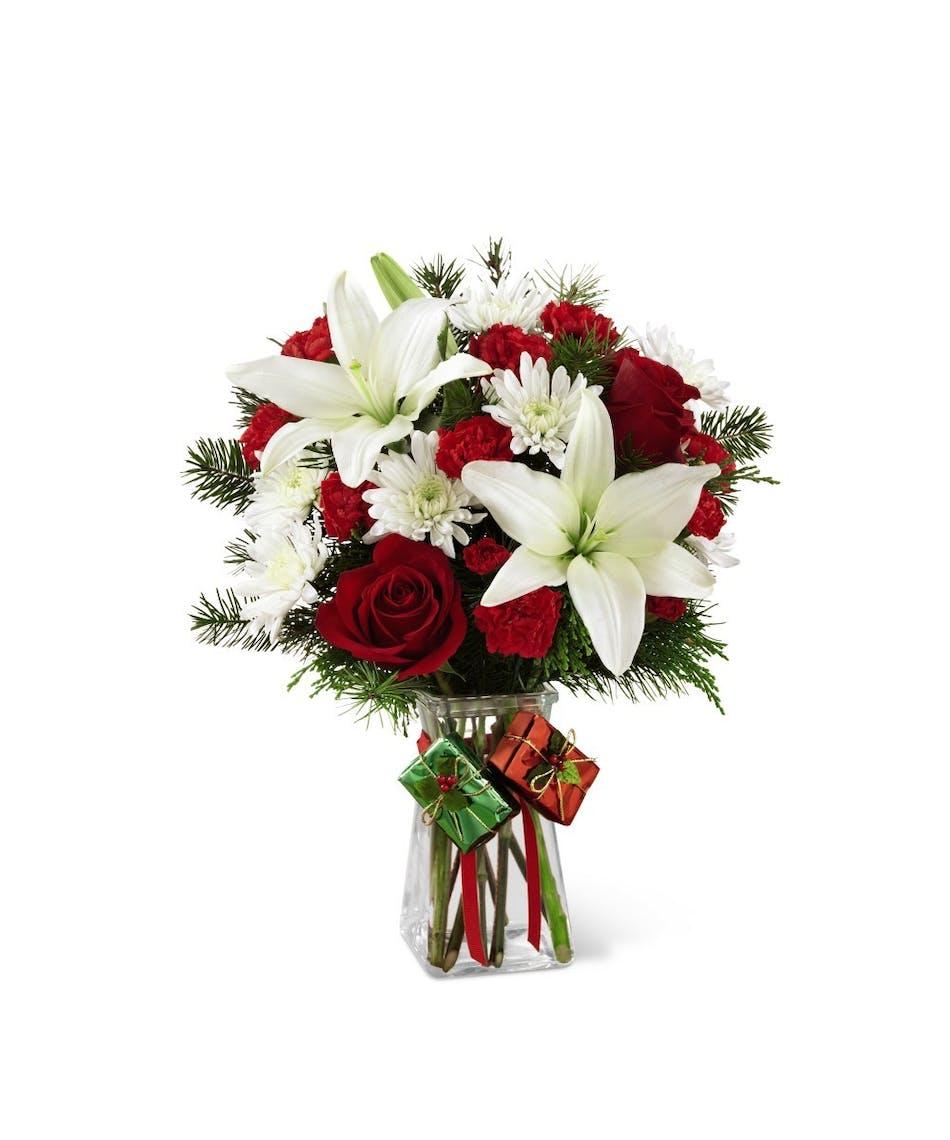 The Ftdreg Joyous Holidaytrade Bouquet Florists Pueblo Co